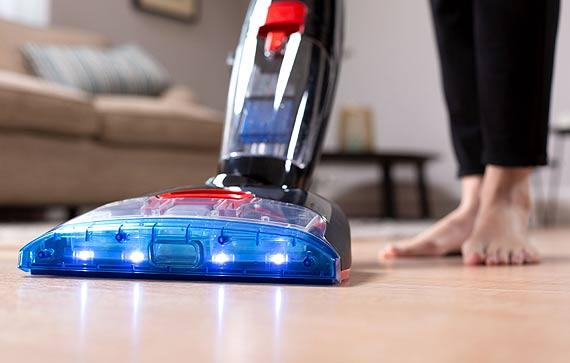 Nowość! Odkurzacz myjący Vileda JetClean – czyszczenie 3 w 1 odkurzaj, myj i susz podłogi w jednym cyklu