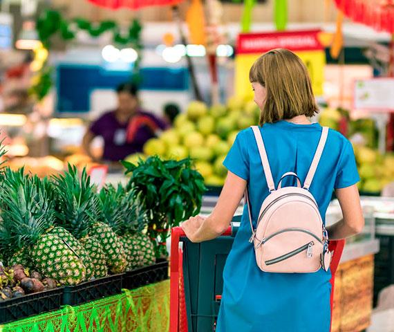 Jak kupować taniej i zyskać więcej czasu? Stwórz listę zakupów!